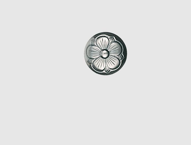 Knapp, oksidert, 17 mm