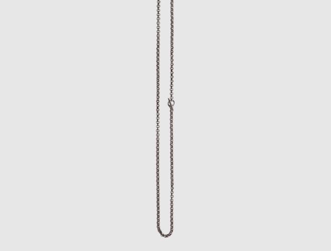 Kjede m.ring og spyd, oksidert  80 cm