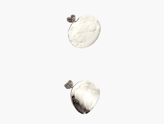 Øyrepynt, stor kvit