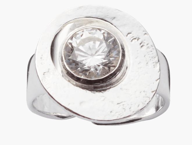 Ring,  m Swarovski, kvit.